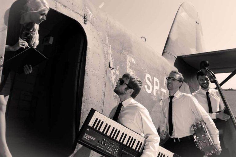 Koncert z wernisażem fotografii lotniczej